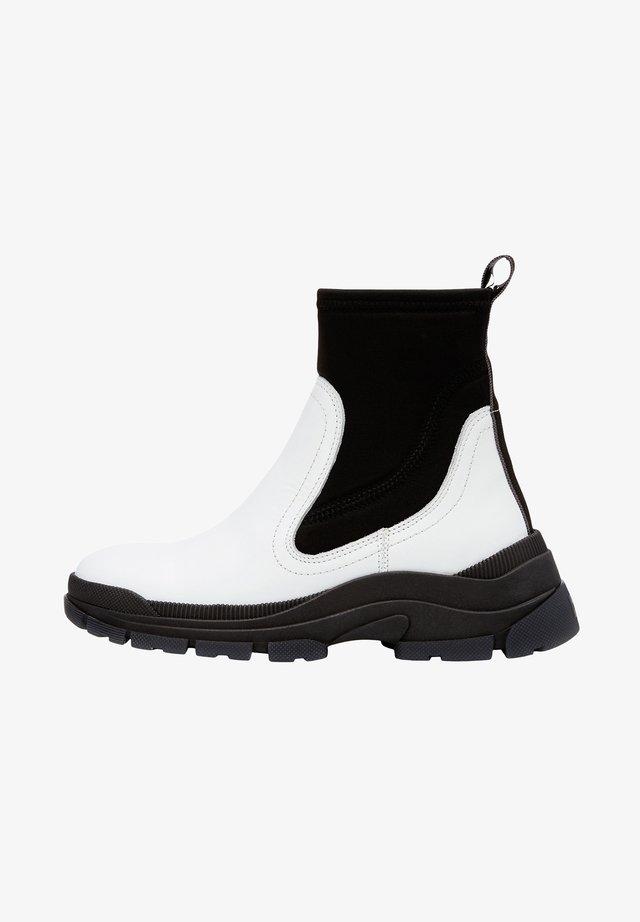 AUS RINDLEDER-NEOPREN-MIX - Boots à talons - white