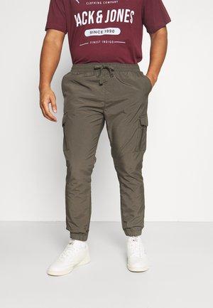 FINETASLANKHK - Cargo trousers - khaki