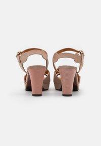 Chie Mihara - EDANA - Sandalen met hoge hak - peach/ada powder - 3