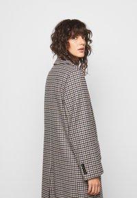 DRYKORN - SALISBURG - Classic coat - braun - 4