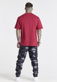 SIKSILK - OVERSIZED AOKI TEE - Basic T-shirt - pink - 2