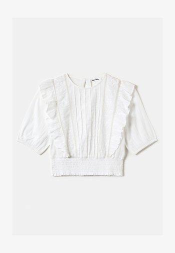 MIT 3/4-ÄRMELN UND RÜSCHEN - Blouse - white