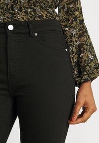 Envii - ENBARBARA SLIT - Straight leg jeans - black - 4