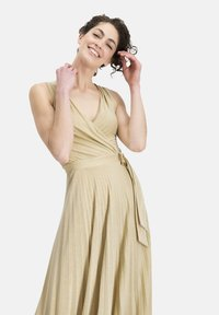 Nicowa - COMARI - Cocktail dress / Party dress - gold - 0