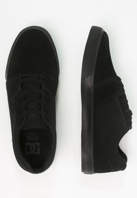 DC Shoes - TONIK - Sneakersy niskie - black - 1