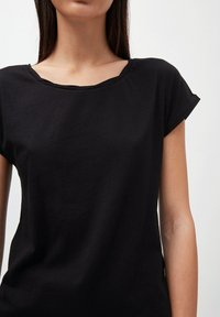 ARMEDANGELS - LAALE - Basic T-shirt - black - 3