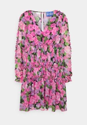 MAECRAS DRESS - Cocktail dress / Party dress - pink/green