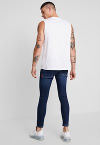 11 DEGREES - ESSENTIAL - Jeans Skinny Fit - indigo wash - 2