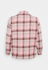 Missguided Plus - OVERSIZED CHECK  - Button-down blouse - pink - 1