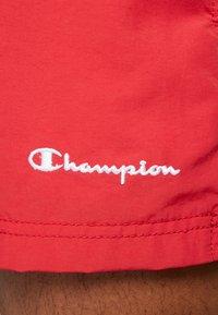 Champion - BEACH - Swimming shorts - red - 4