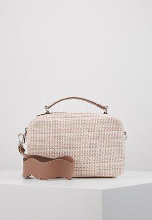 BEAU FEELS BAG - Handbag - pink lavender