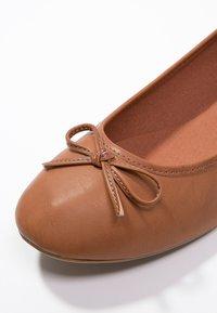 Anna Field - Ballet pumps - cognac - 2