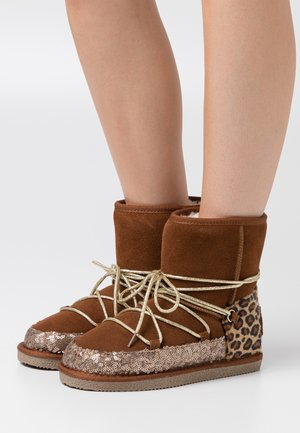 CHAMBERY - Lace-up ankle boots - camel