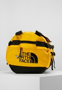 The North Face - BASE CAMP DUFFEL S UNISEX - Sportstasker - sumitgold/black - 6