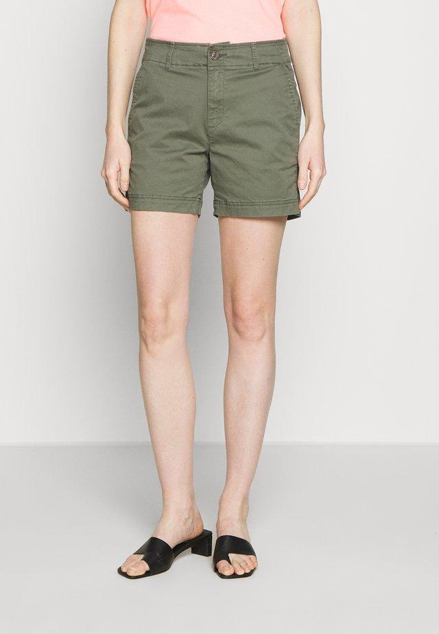 Shorts - greenway
