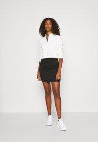 ONLY - ONLSPIRIT SHORT SKIRT - Pencil skirt - black - 1