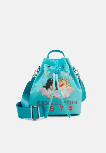 ARCTIC ANGELS POUCH BAG - Across body bag - blue
