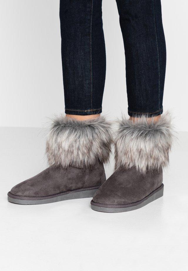 VMKENNALO BOOT - Støvletter - frost gray