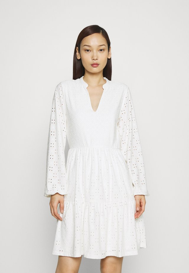 VIKAWA  - Korte jurk - snow white