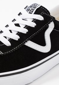 Vans - SPORT - Zapatillas - black - 6