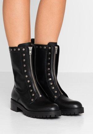 LARA STUDDED COMBAT BOOT - Stiefel - black