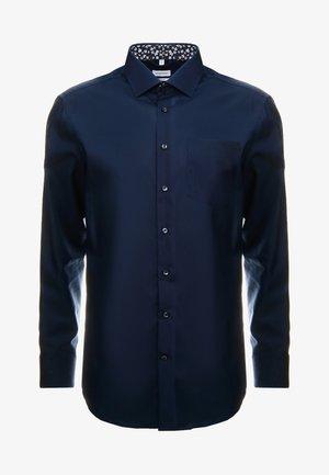 REGULAR FIT  - Formal shirt - dark blue