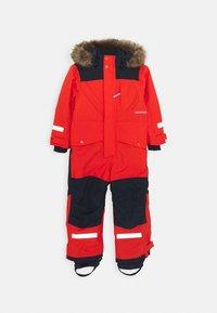Didriksons - BJÖRNEN KIDS COVER - Snowsuit - poppy red - 0
