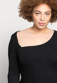 Even&Odd Curvy - Long sleeved top - black - 4