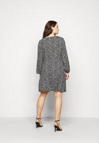 Evans - V NECK MONO DRESS - Jersey dress - black - 2