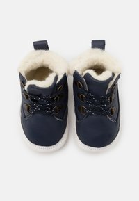 Robeez - MOUNTAIN SHOW UNISEX - First shoes - marine - 3