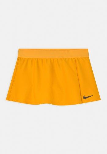 FLOUNCY SKIRT - Sports skirt - university gold/black