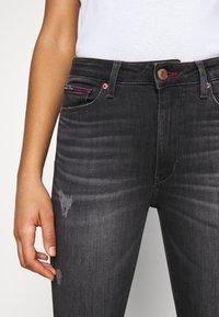 Tommy Jeans - SYLVIA HR SUPER SKNY RBSTD - Jeans Skinny Fit - rudy black - 3