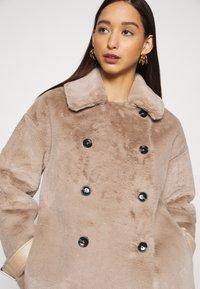 Topshop - REVERSIBLE COAT - Classic coat - mink - 5