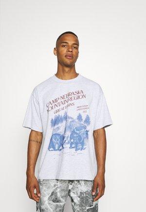 CAMP NEBRASKA - Camiseta estampada - grey marl