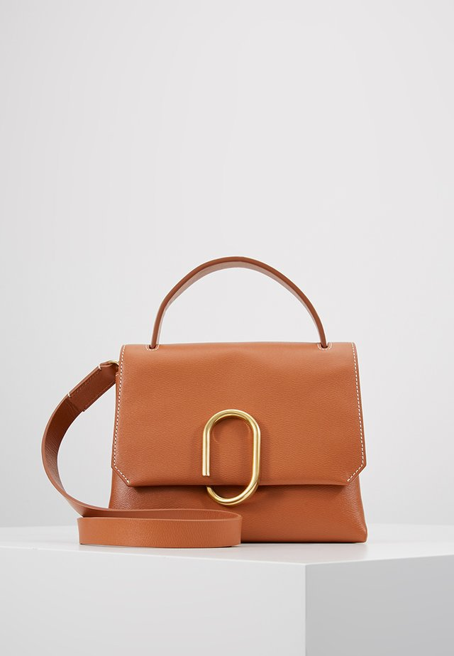 ALIX MINI TOP HANDLE SATCHEL - Borsa a tracolla - cognac