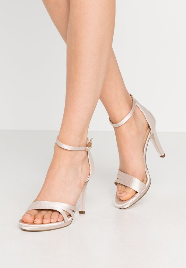 High heeled sandals - champagne