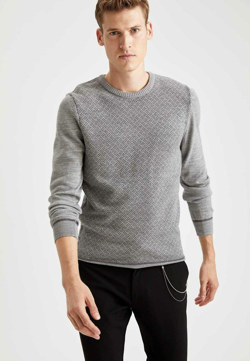 DeFacto - Stickad tröja - grey