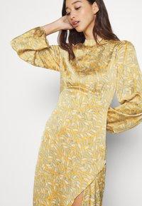 Never Fully Dressed - SIDE SPLIT PETAL PRINT MIDI - Maxi dress - multi - 7