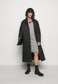 HUGO - NEYLETE REDLABEL - Sukienka z dżerseju - grey melange - 1