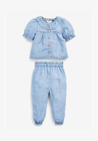 Next - 2 PIECE SET - Relaxed fit jeans - light-blue denim - 0