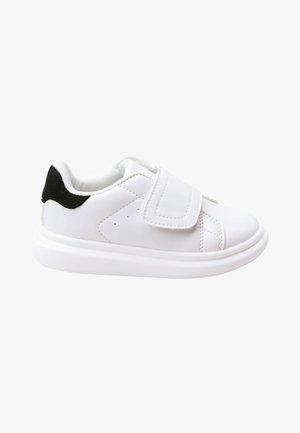 CHUNKY - Sneakers laag - white