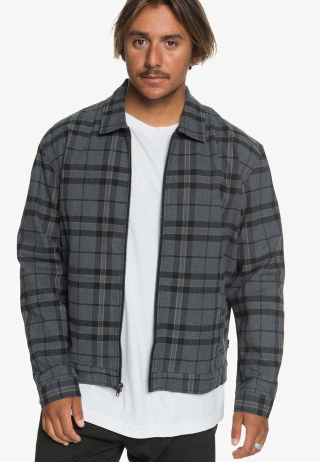 MIT REISSVERSCHLUSS UND ÜBERSCHNITTENEN - Summer jacket - black