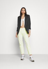 Levi's® - 501 CROP - Jeansy Slim Fit - in the lime - 1