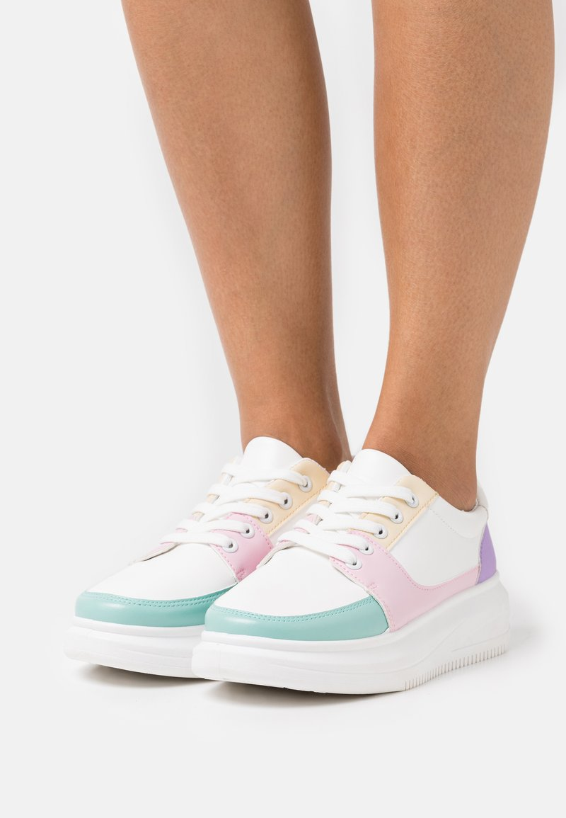 Koi Footwear - VEGAN UNICORNO - Joggesko - white/multicolor