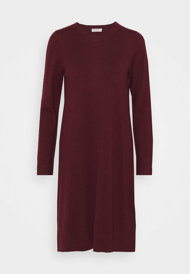 DRESS - Gebreide jurk - wine