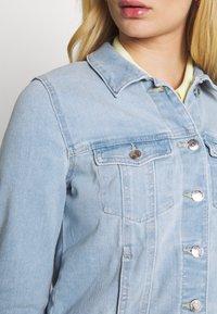 Vero Moda - VMFAITH SLIM JACKET - Denim jacket - light blue denim - 3