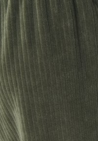 Monki - CORIE TROUSERS - Kalhoty - green - 5