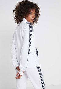 Hummel - DEE TRACKSUIT SET - Survêtement - bright white - 2