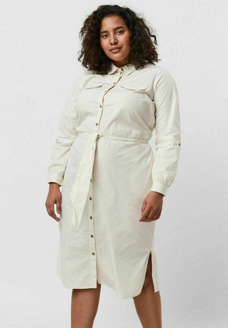Vero Moda Curve - Shirt dress - birch