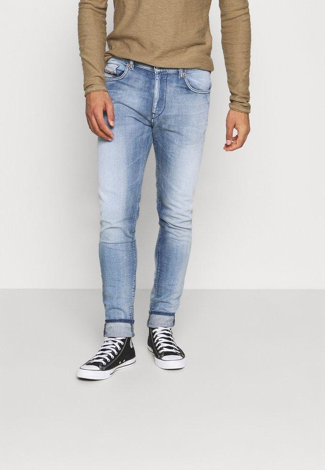 STRUKT - Jeans slim fit - medium blue